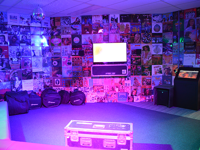 Karaoke The Record Room